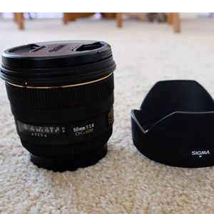 Sigma 50mm 1.4 lens for Canon